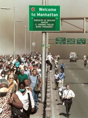 Pedestrian exodus of Manhattan via. the Brooklyn Bridge on Sept. 11, 2001. [Photograph by Daniel Shanken, AP]